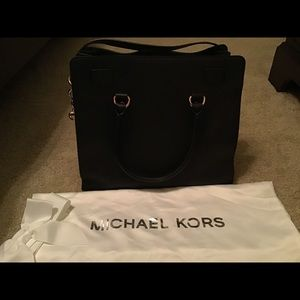 Michael Kors Hamilton Satchel bag.